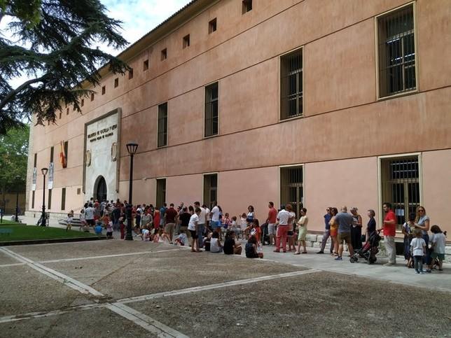 La Biblioteca de Valladolid se llena de familias
