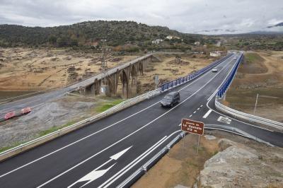 Abierto a la circulación el puente de la Gaznata