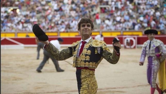 El navarro Javier Marín debuta esta tarde en la Monumental Twitter