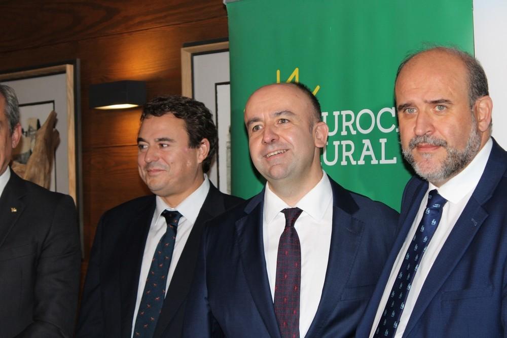 Javier López, en el centro junto a David Peña y José Luis Martínez Guijarro, ha sido reelegido presidente de CEOE-Cepyme Tarancón