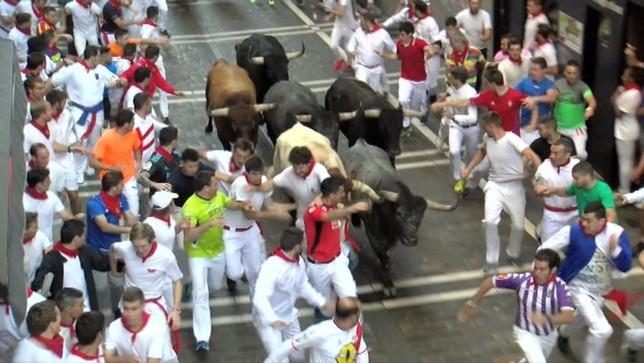 Los Miura cierran un año más los encierros de San Fermín