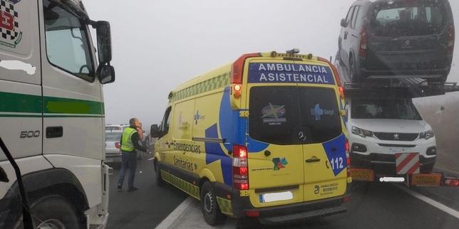 Una ambulancia, en el lugar del siniestro. @112cyl