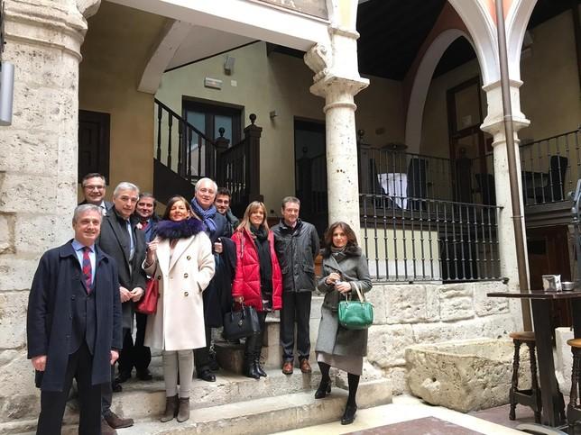 Comité Ejecutivo de la APM, con miembros de la sección territorial de Castilla y León. APM