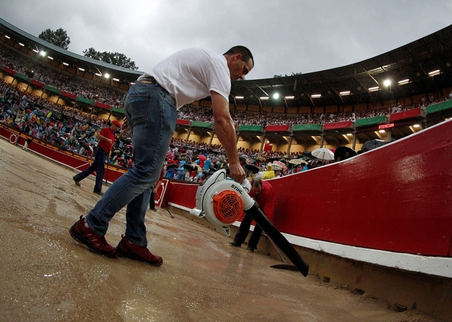 La tormenta obliga a suspender la segunda corrida de toros