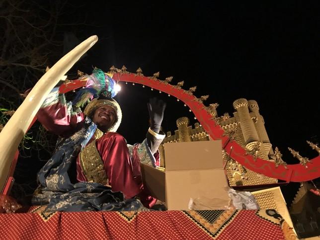 Baltasar delante del Alcázar A.M.
