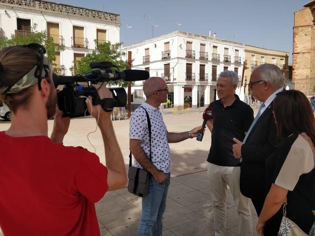 Manzanares despide a Antonio Caba con elogios y música