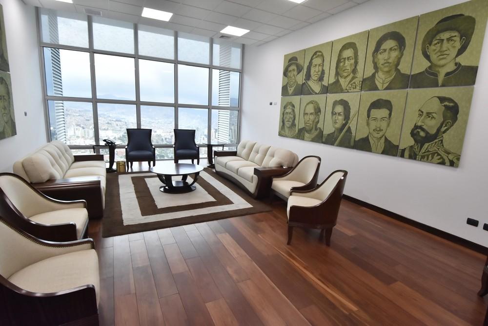 El Gobierno interino de Bolivia acusa a Morales de derroche