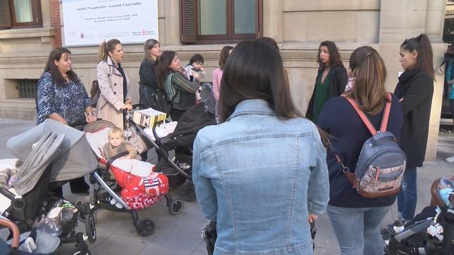 'Las madres' del IRPF recriminan al Gobierno falta de apoyo