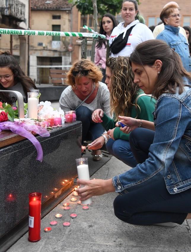 Salas se echa a la calle en repulsa por la muerte de Mónika