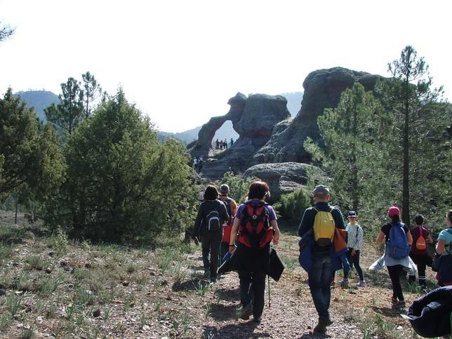 El Campus Diputación reúne a cien senderistas en Boniches