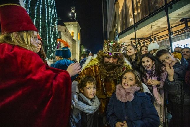 Los Reyes de Oriente llegan a la capital Rueda Villaverde