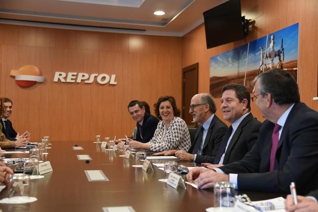 Visita a las instalaciones de Repsol  La Tribuna