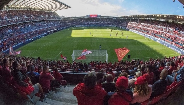 Interior del estadio de El Sadar en un partido de Osasuna C.A.Osasuna