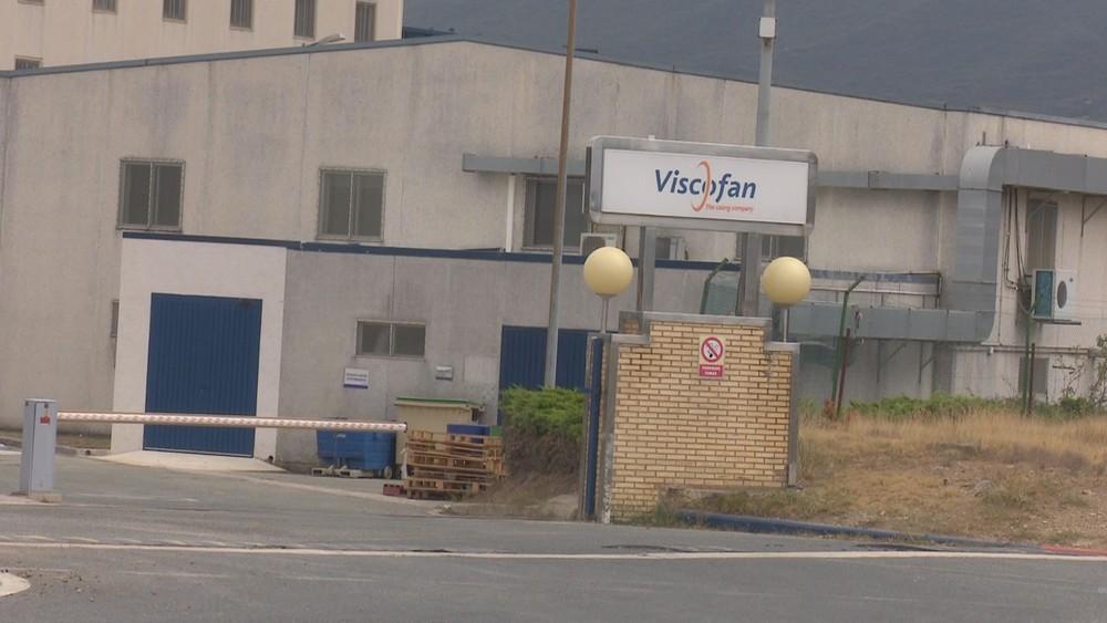 El Parlamento lamenta el accidente en Viscofán