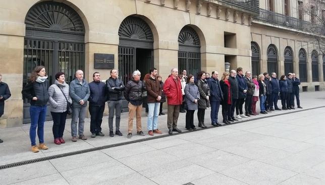 Gobierno y Parlamento recuerdan a la víctimas del terrorismo