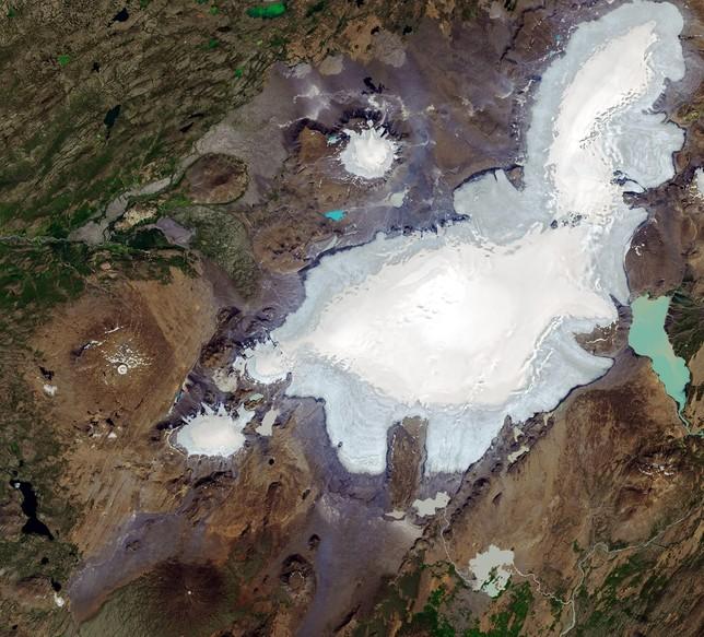Islandia llora la 'muerte' del glaciar Okjökull