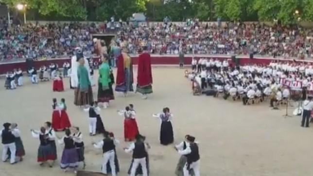 Los Gigantes de Tafalla celebran sus cien años a lo grande