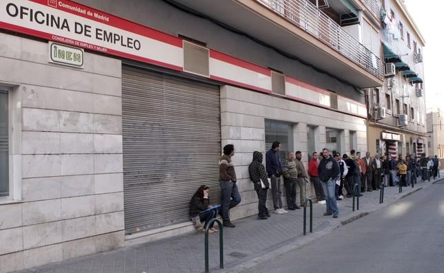 El paro sube en 49.900 personas en España
