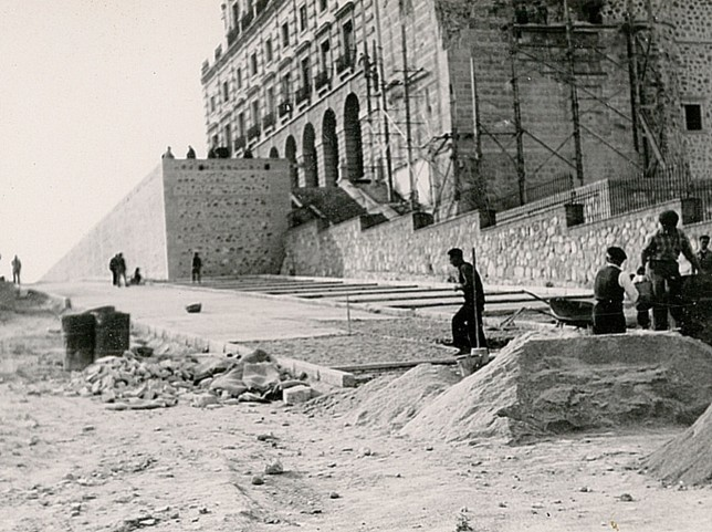 600 fotos de un Toledo en obras y con obreros