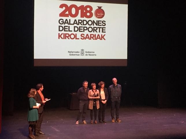 El Ayuntamiento de Viana recibió el galardón a mejor servicio deportivo Gonzalo Velasco