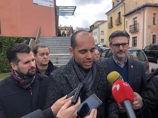El PSOE insiste en pedir un pediatra en el Real Sitio