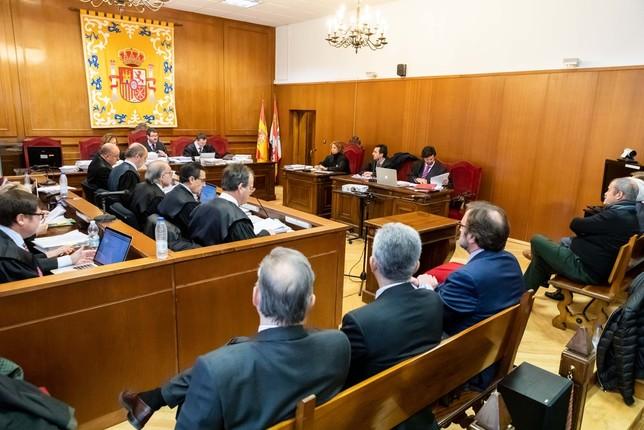 Menos penas de la acusación para algunos acusados