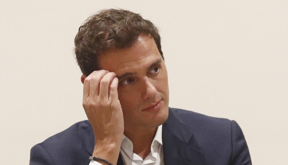 Rivera propone un Gobierno foral entre Navarra + y PSN