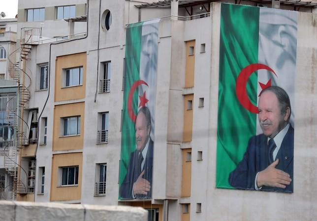 Buteflika retrasa los comicios y cancela su candidatura