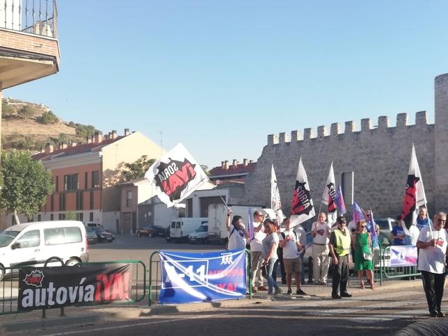 Peñafiel vuelve a centrar las protestas por la A-11