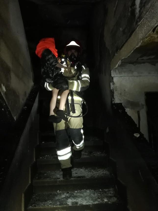Los Bomberos intervienen en tres incendios en Valladolid.