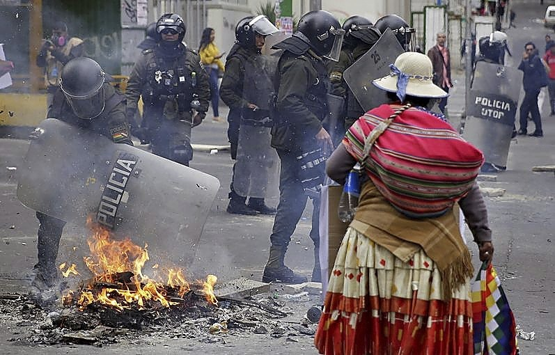 El caos se apodera de Bolivia