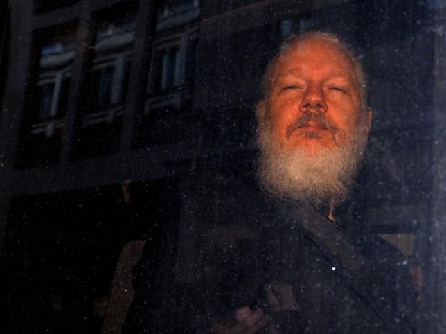 La Fiscalía sueca solicita la detención de Assange