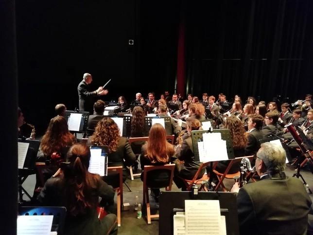 Más de 400 se dan cita en el XVII Concierto de Semana Santa