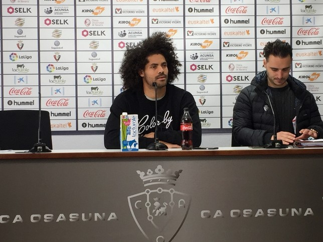 Aridane ha comparecido en rueda de prensa hora y media después de meterse al vestuario  Gonzalo Velasco