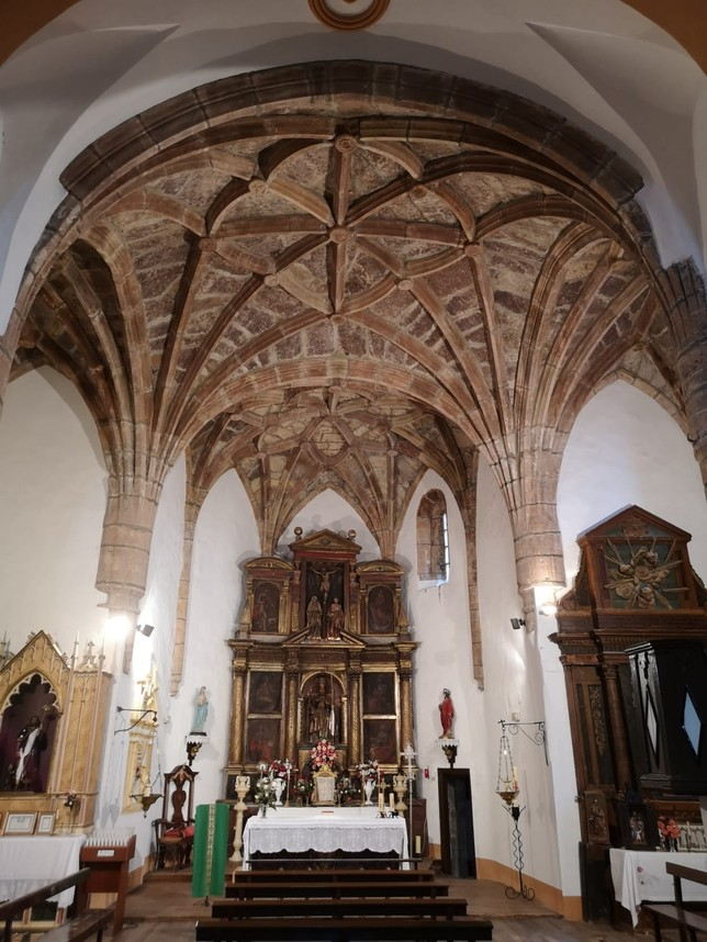 La carcoma pone en jaque la iglesia de San Pedro de Beratón