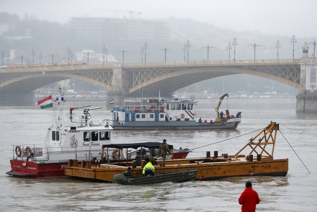 'El naufragio de un barco en Budapest deja 7 turistas muertos'