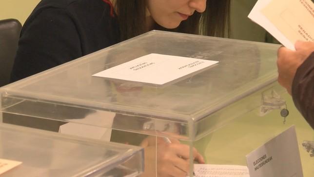 Navarra ya tiene listo el dispositivo para las elecciones Archivo NATV