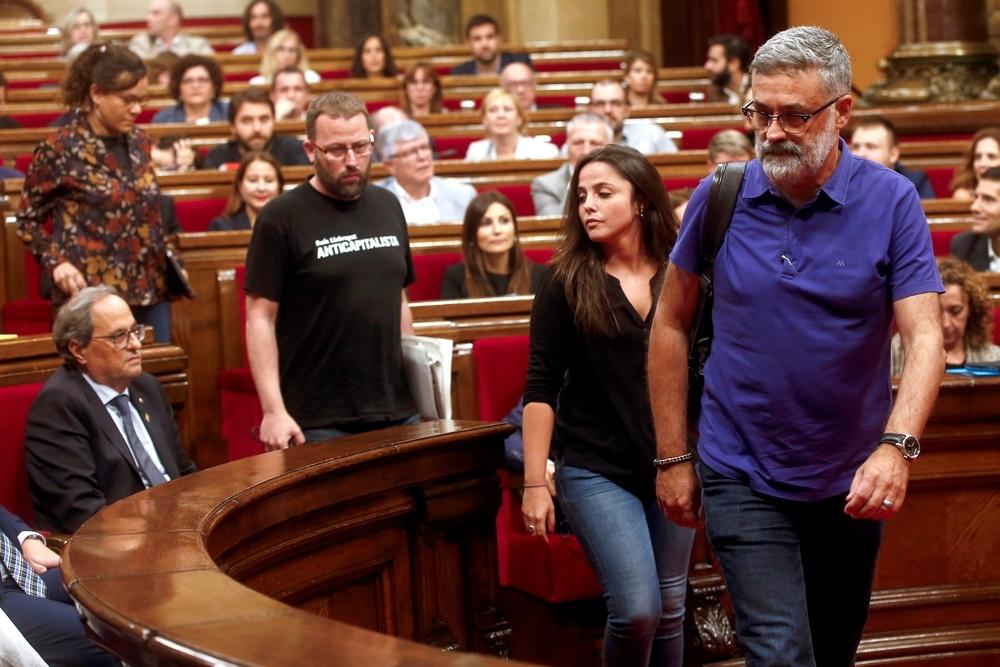 La CUP abandona el hemiciclo de Parlament en protesta por los nuevos presos