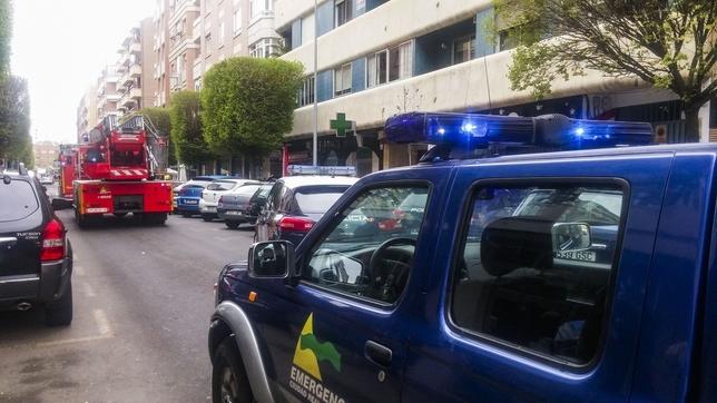 Dos heridos en un incendio de una vivienda en calle La Mata Rueda Villaverde