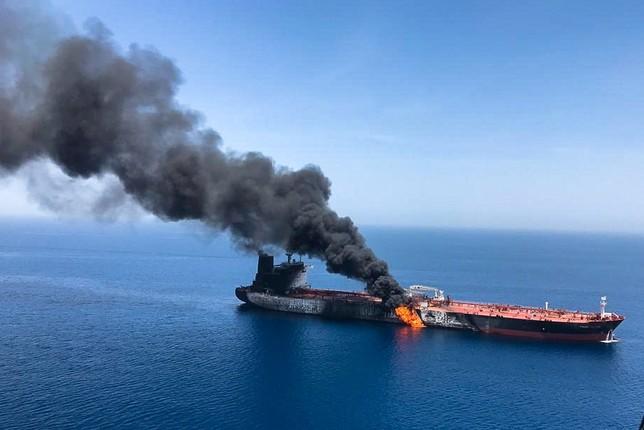 EEUU acusa a Irán de atacar a dos buques en el Golfo de Omán HANDOUT