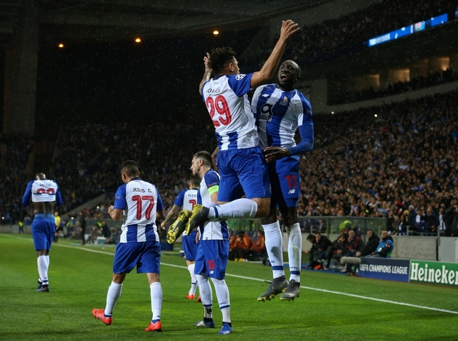 Manchester United y Oporto pasan a cuartos Jose Coelho