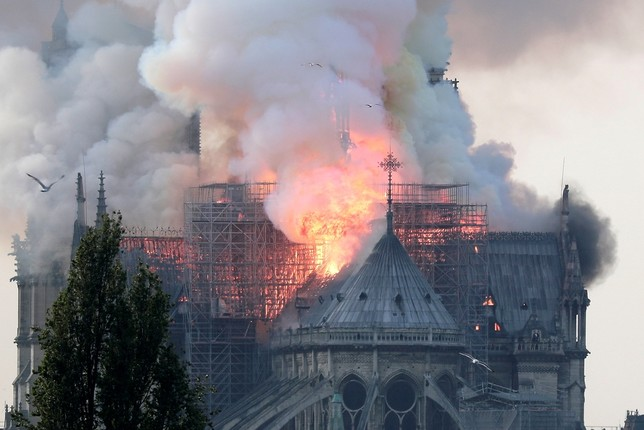 Incendio en la catedral de Notre Dame de París IAN LANGSDON
