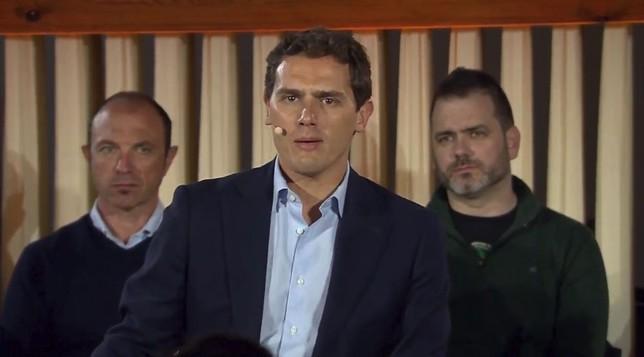 Rivera pide al PSN que permita un Gobierno de Navarra Suma
