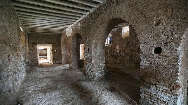 Aldea pide una moratoria para finalizar el palacio  Tomás Fernández de Moya