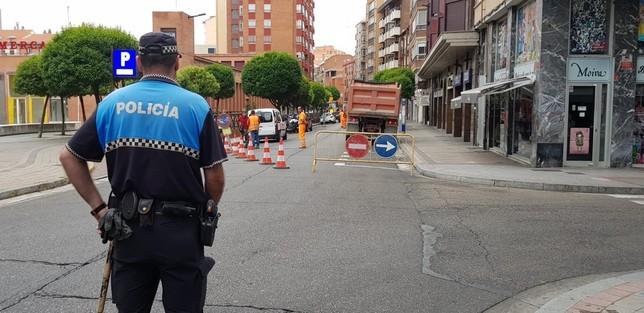 La calle Panaderos se corta al tráfico hasta septiembre