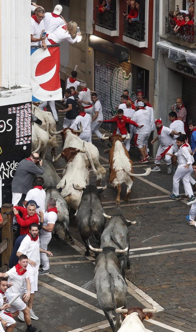 Tercer encierro fugaz y limpio con los toros de José Escolar