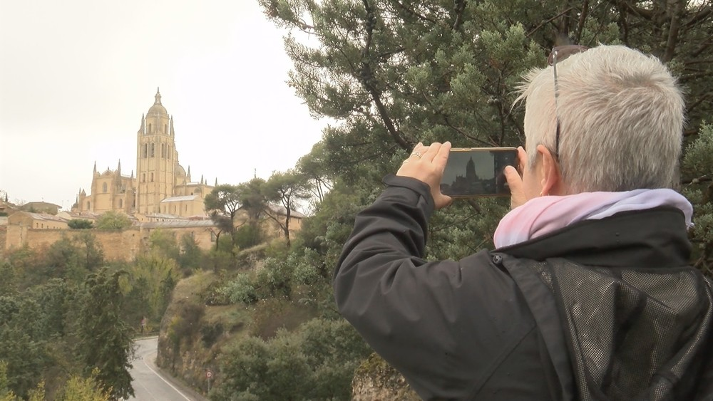 La nieve apenas deja rastro en Segovia capital