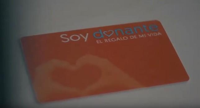 Un carnet de donante de órganos que permite salvar vidas