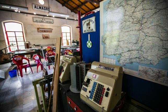 La estación de tren del parque Gasset sigue sin destino Rueda Villaverde