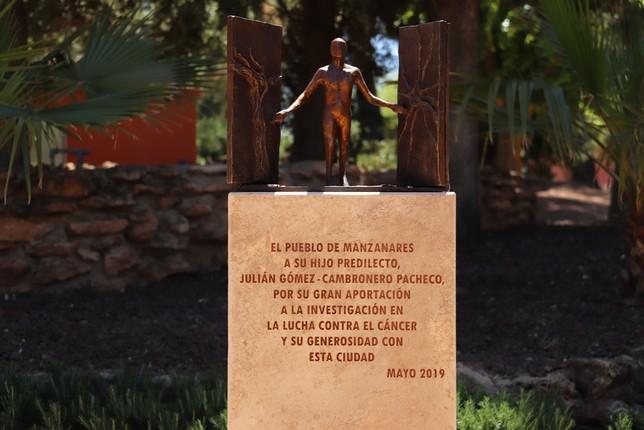 El parque pasará a denominarse Julián Gómez-Cambronero